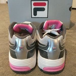 Fila DLS Artifice White Gray Pink Sneakers Size 8 NWT